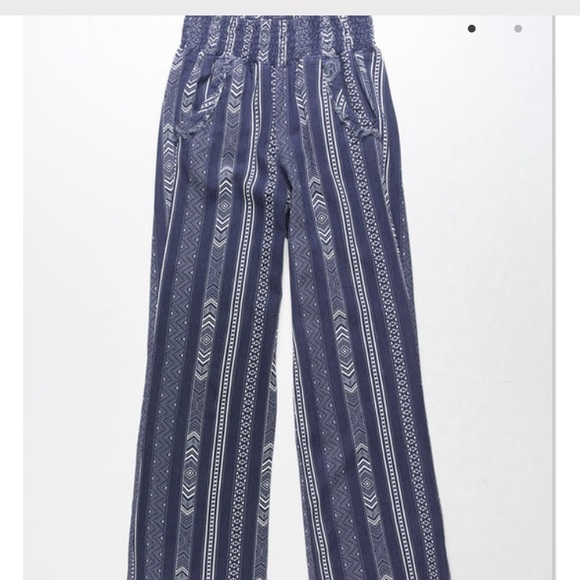 Tilly's Pants Tillys Blue Patterned Palazzo Flowy Poshmark Unique Patterned Flowy Pants